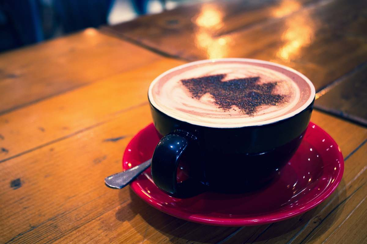 stock photos free  of cup blue cup with cappuccino on red bowl bella nova