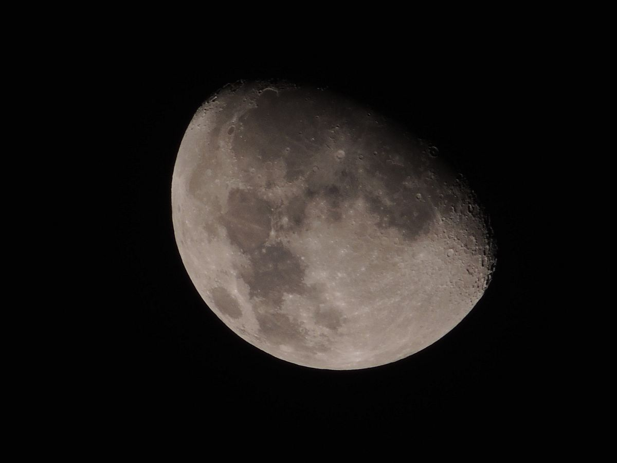 stock photos free  of moon at night time