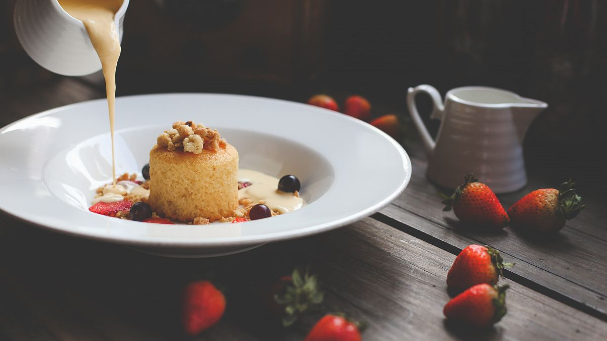 stock photos free  of strawberry cake dessert with cream