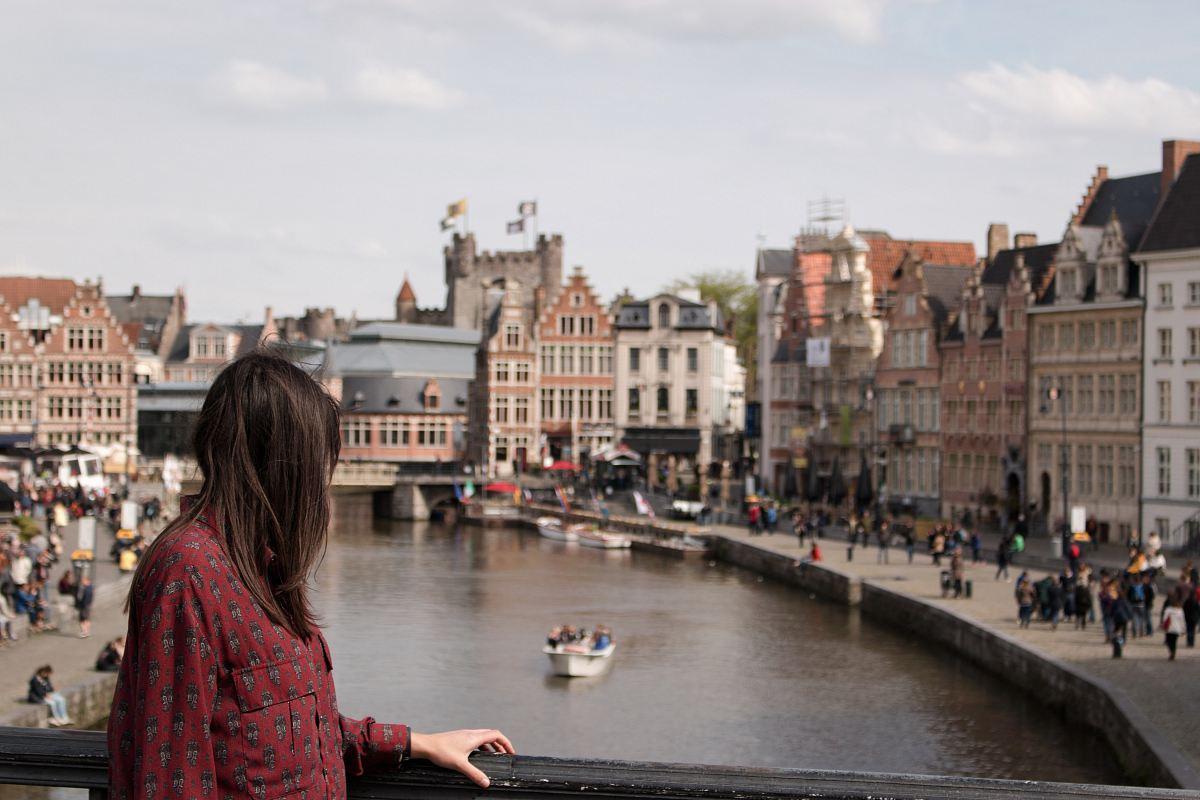 stock photos free  of woman standing on bridge