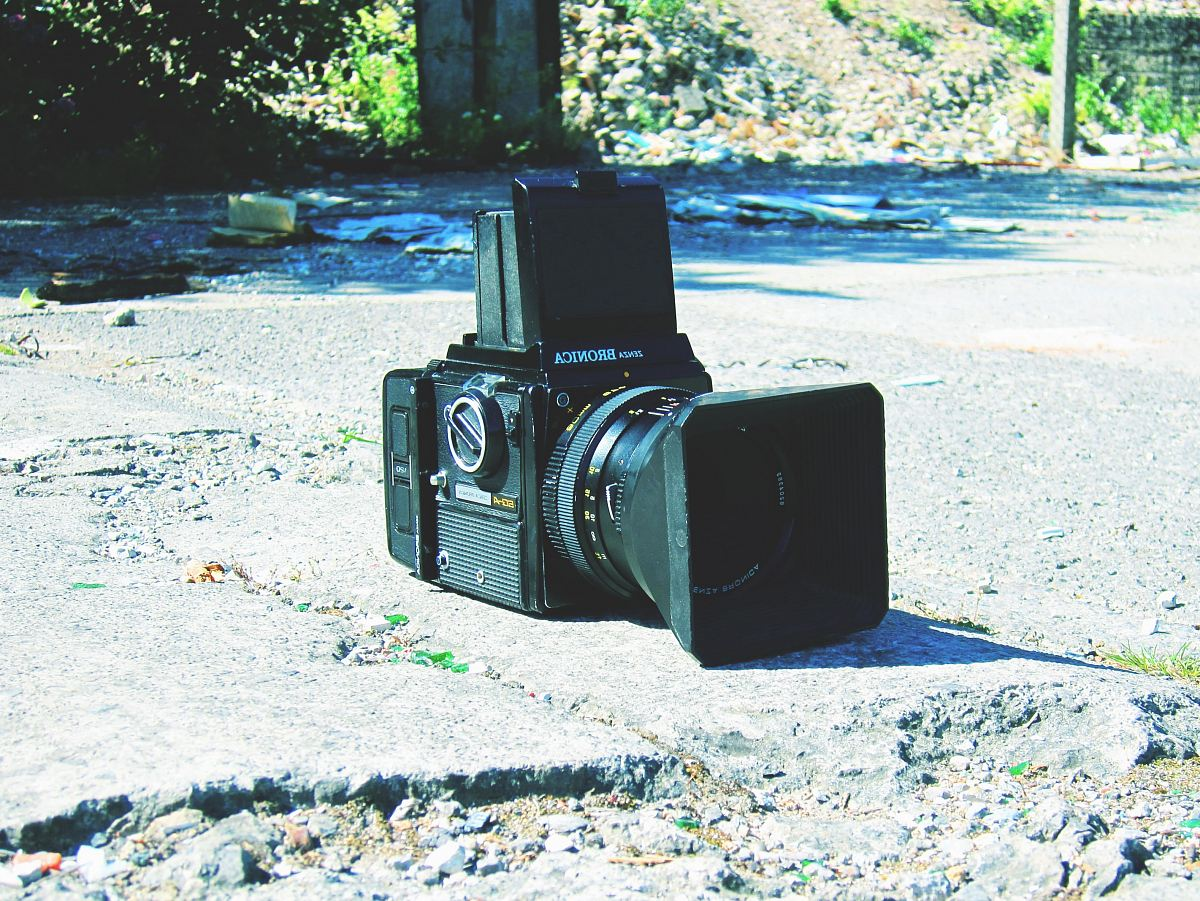 stock photos free  of black camera on stone