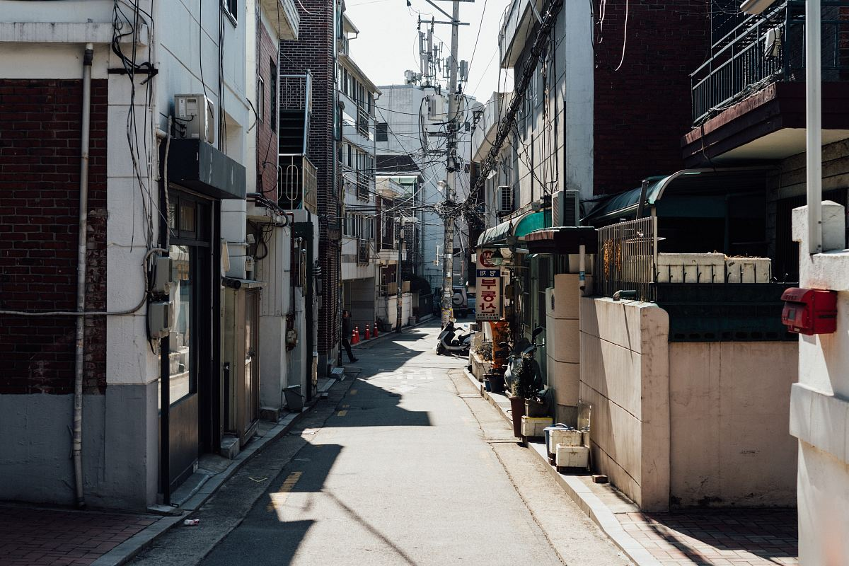 stock photos free  of empty street during daytime