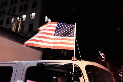 photo american flag USA Flag on vehicle side mirror new york free for commercial use images