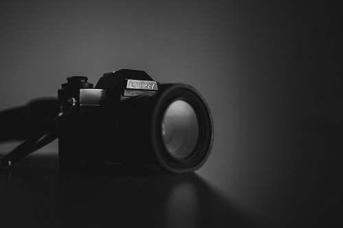 camera shallow focus photography of black Yashica camera photography