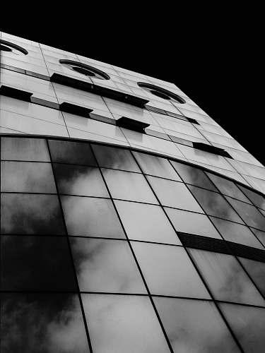 grey grayscale photo of multi-storey building sesc pinheiros