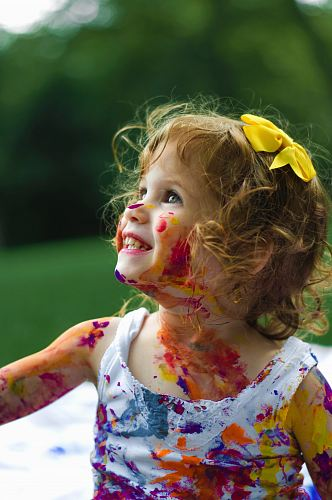photo girl with paint of body free for commercial use images