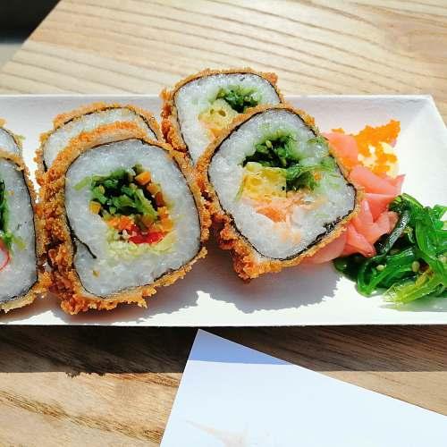 sushi sushi on tray gouverneur verwilghensingel 16