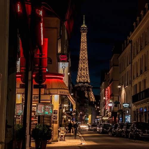 city Eiffel Tower London building