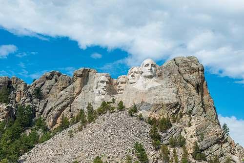 outdoors Mount Rushmore during daytime mount rushmore