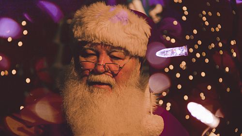 photo bokeh photography of Santa Claus free for commercial use images