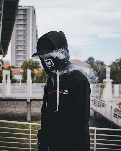 shallow focus photo of pullover hoodie