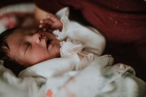 child  newborn