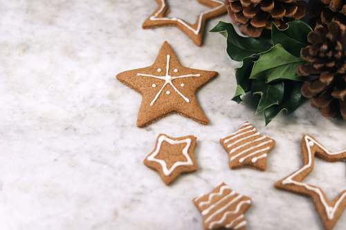 biscuit star cookies near acorn cookie