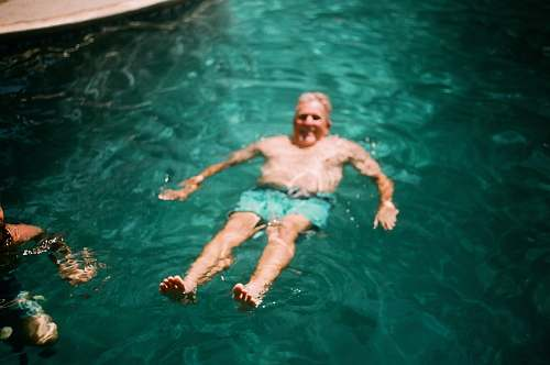 photo sport man swimming in water person free for commercial use images