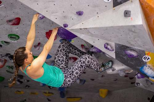 photo person woman in wall climbing outdoors free for commercial use images
