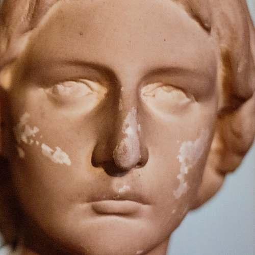 face woman statue head