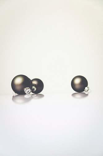 photo christmas round black earrings pearl free for commercial use images