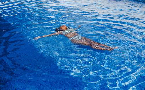 photo human woman swimming on pool swimming free for commercial use images