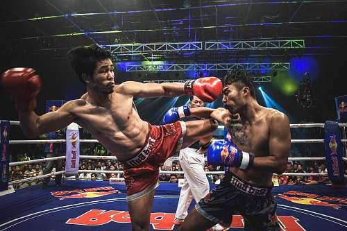 sport Muay Thai boxer kick opponent boxing