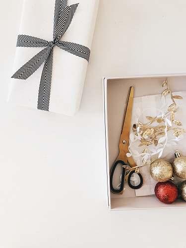 accessories black scissors on the box accessory