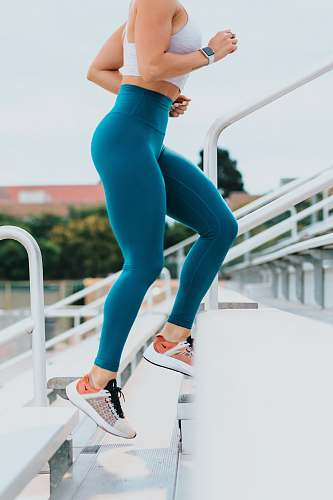 photo fitness woman running on stairs people free for commercial use images