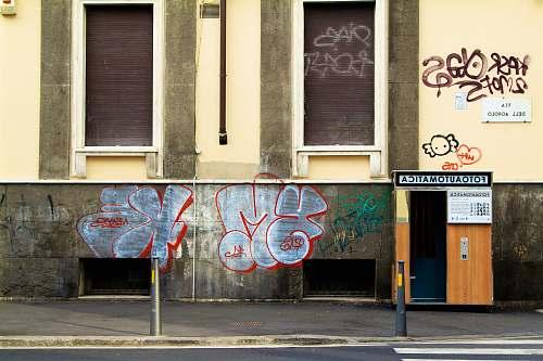 graffiti graffiti on wall florence