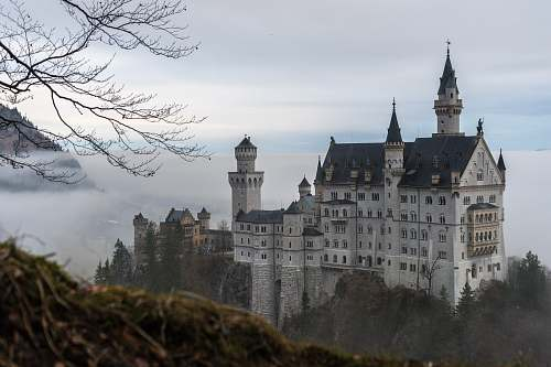 castle Neuschwanstein Castle, Germany architecture
