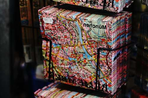 munich Munchen map print pack on black rack napkin