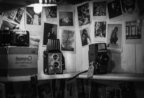 photo black-and-white grayscale photo of vintage camera shop free for commercial use images