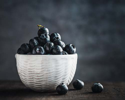fruit bowl of blueberries blueberry