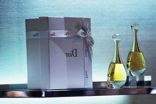 glass two clear dior perfume bottles with box bottle