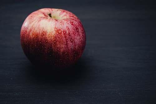 fruit macro photography of an applke apple