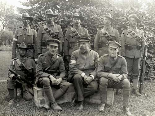 person World War 1  Group of officers and men military