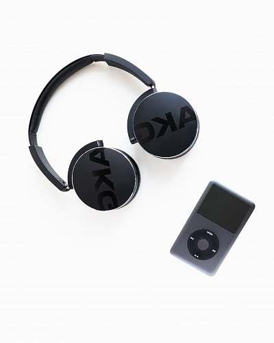 ipod black AKG wireless headphones music