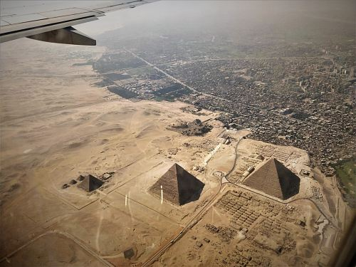 photo aerial photography of pyramids of Egypt free for commercial use images