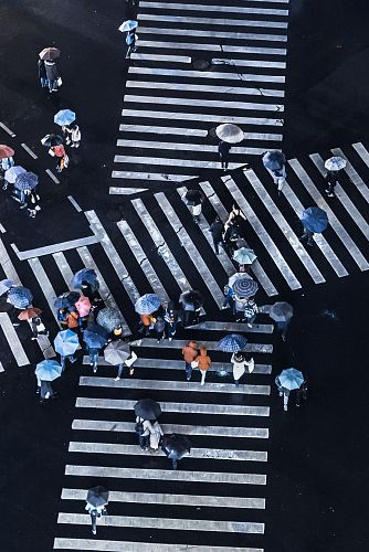 photo group of people crossing pedestrian lane free for commercial use images