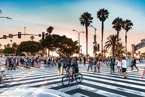 poeple crossing the street