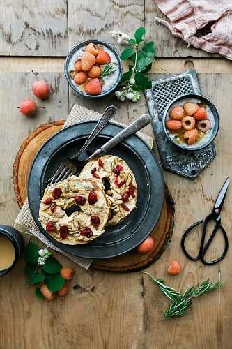 flatlay pie on black plate breakfast