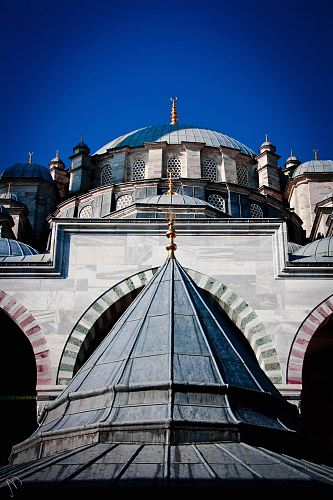 gray mosque