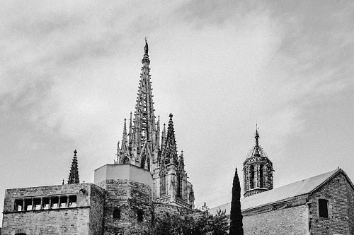 photo grayscale photo of Sagrada Familia free for commercial use images