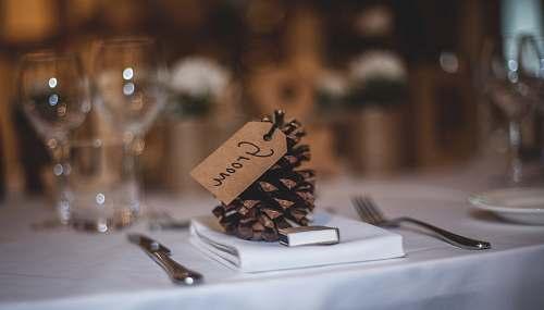 decor groom pine coan decoration