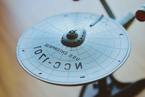 starship round gray USS Enterprise aircraft scale model star trek